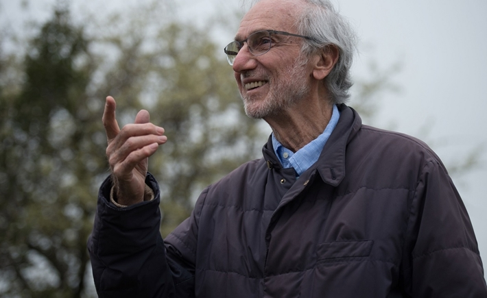 Renzo Piano at the site where the Thessaloniki Children's Hospital will be constructed / Source: Ilias Ntzoidos