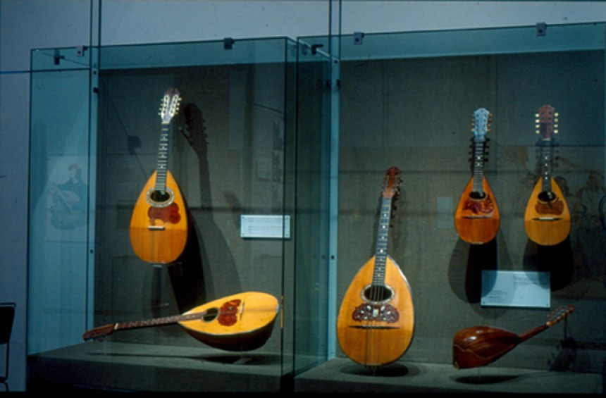 Source: Museum of Greek Folk Musical Instruments