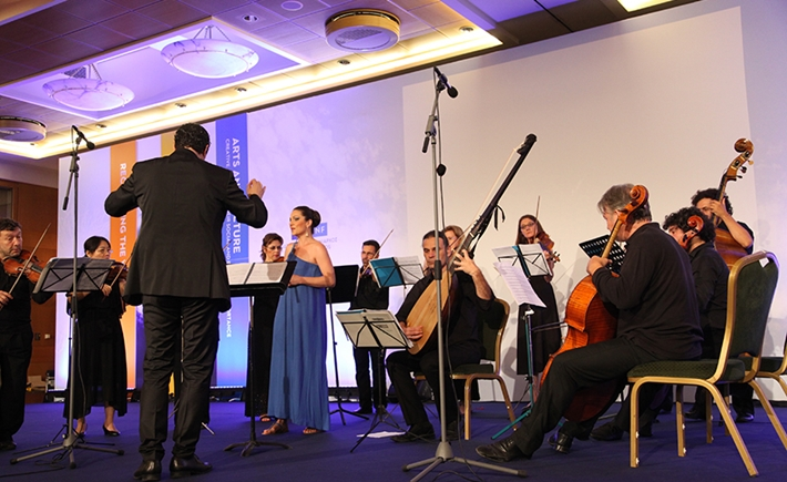 Closing ceremony by George Petrou and Armonia Atenea (Camerata) - Source: Marilena Katsini