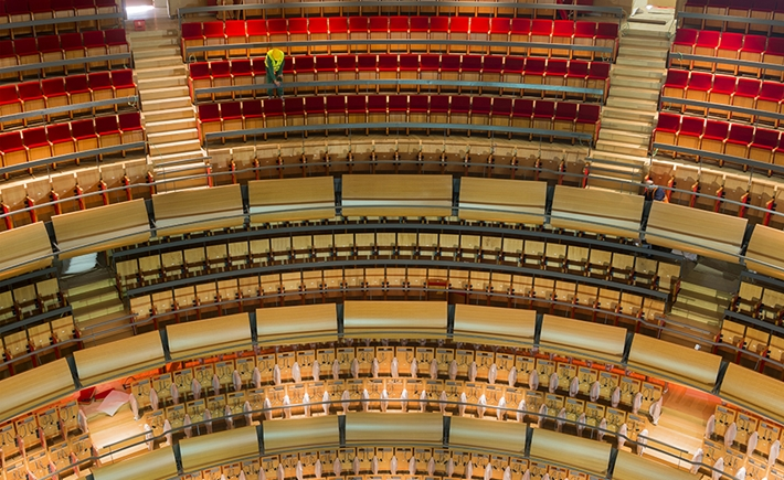 Greek National Opera. The balconies and the seats / Source: Yiorgis Yerolymbos
