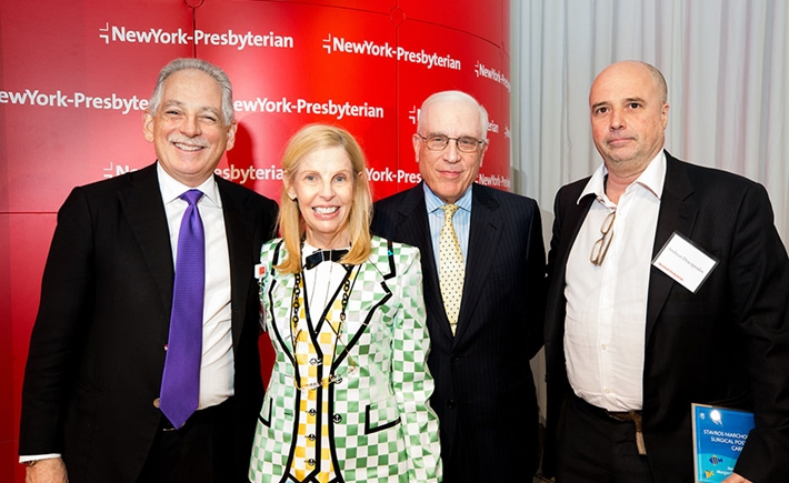 Steven J. Corwin, M.D., President and Chief Executive Officer, NewYork-Presbyterian; Mr. and Mrs. Peter Kalikow, Vice Chairman, NewYork-Presbyterian Board of Trustees; Andreas Dracopoulos, Co-President, SNF - Πηγή: 4 Eyes Photography